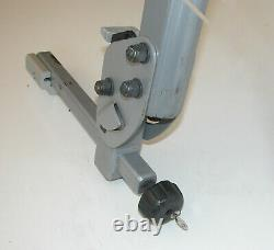 Thule Helium 2 Bike for 1-1/4 & 2 Hitches Tilting Rack / Carrier withLocks Key
